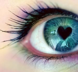 love-eyes2
